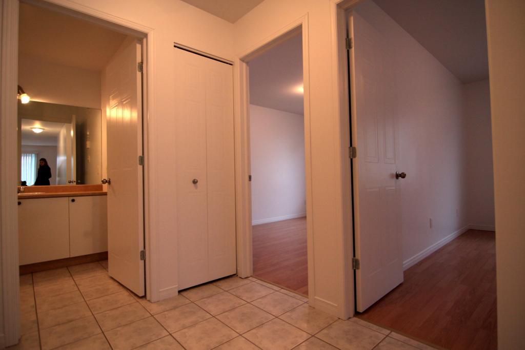 appartement-granby-299-le-dozois-vue-salle-de-bain.jpg